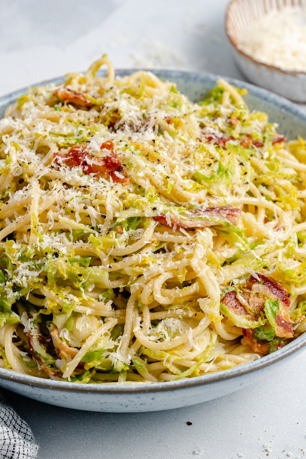 brussels sprouts spaghetti in a bowl