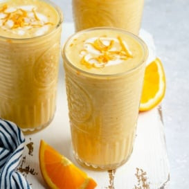 orange creamsicle smoothie in a glass