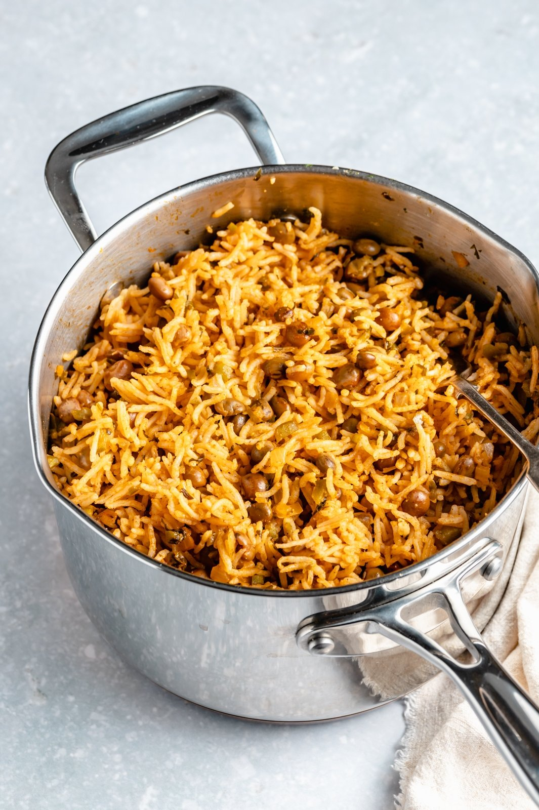 arroz con gandules in a pot