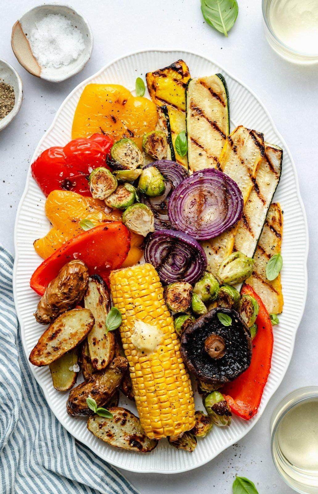 the best grilled vegetables on a platter