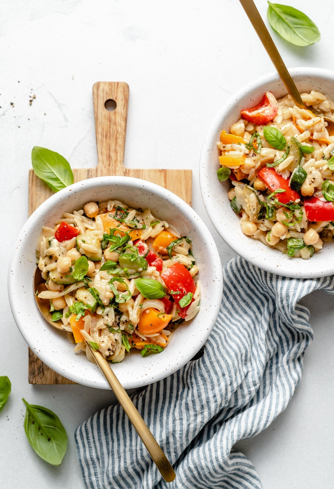 30 minute grilled vegetable orzo in two bowls